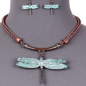 Jewelry - Dragonfly Necklace Set